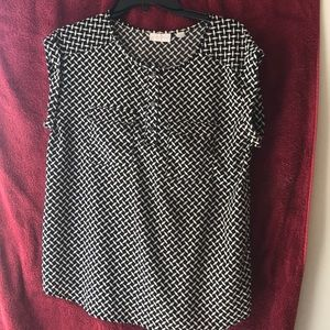 New York & Co ladies blouse Size M